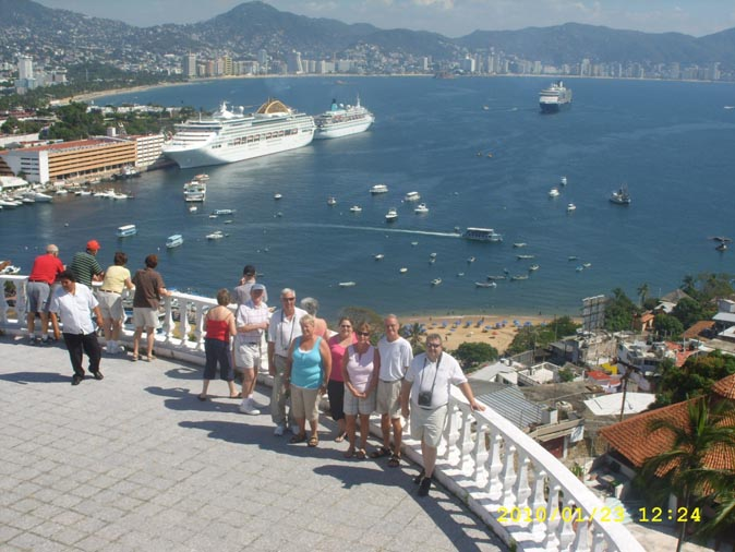 Fantastic sight at the Casa Blanca Hotel Acapulco, accessible, advisor, agent, agents, agency, agencies, car, cars, chair, cheap, city, cruise, critic, driver, divers, españolas, events, excursion, excursions, guide, guides, Fregoso, handicapped, new, recommended, rudi, Rudy, Rodolfo, ship, sightseeing, travel, paseo, shore, shore, tourist, tourists, trip, trips, tourism, taxi, taxis, TourByVan, tour, tours, turistas, Playa, video, wheel, gira, comprehensive, incluido,