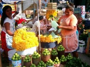 The Market, El Mercado.