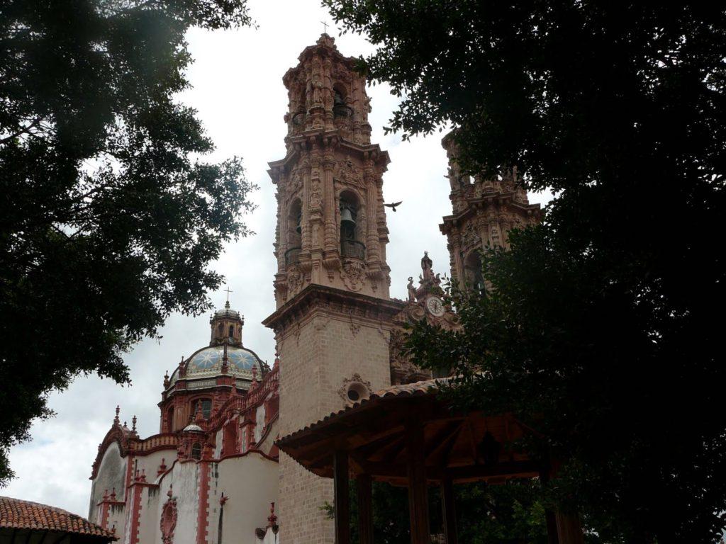 003_eglise-santa-prisca-taxco-mexique_theredlist