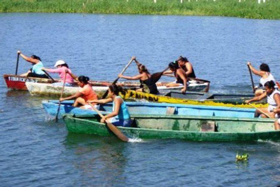 Laguna-Lagoon-Coyuca-Tour-Excursion-Sightseeing-Rudy-Rudi-Fegoso-TourByVan-paseo-tour-ecologico-ecologia-natural-paraiso-manglares-pie-cuesta-1-20-copia.jpg